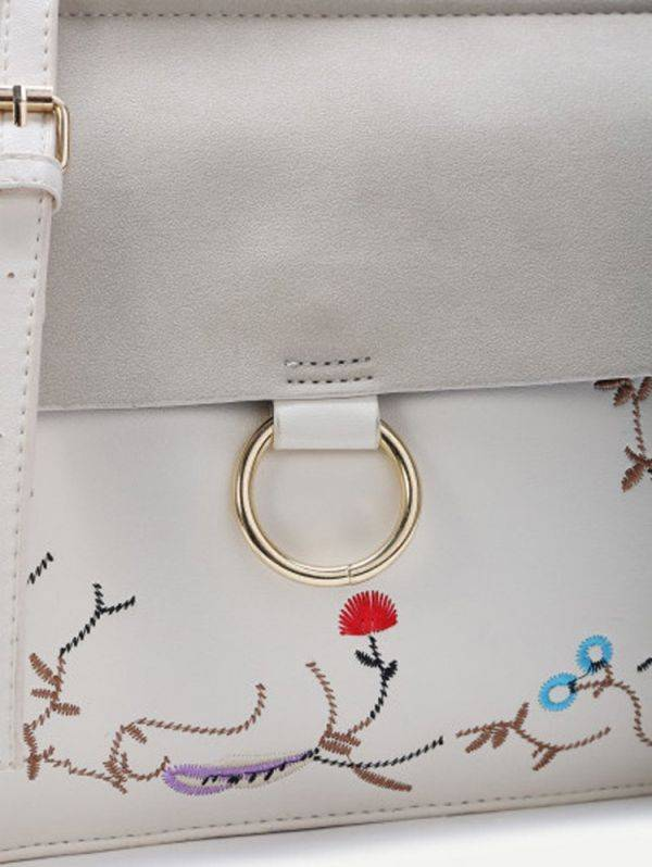 White Shoulder Bag with Chain